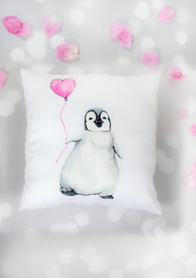 LITTLE PENGUIN CUSHION